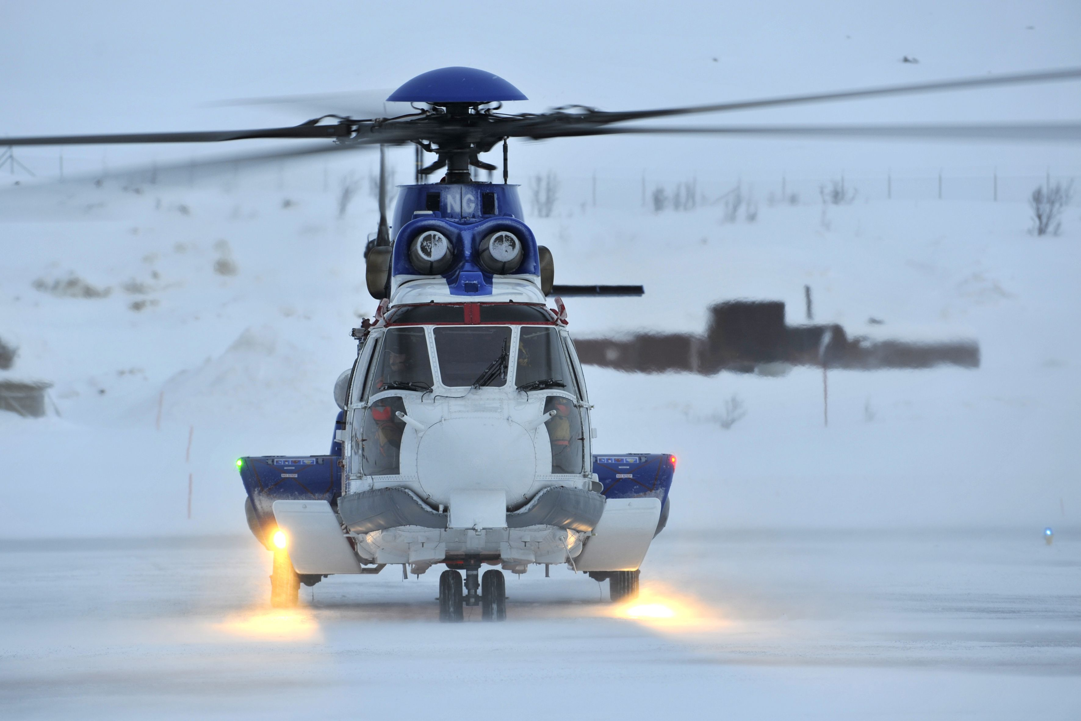 Accurate Prediction of Static and Dynamic Loads for Helicopters